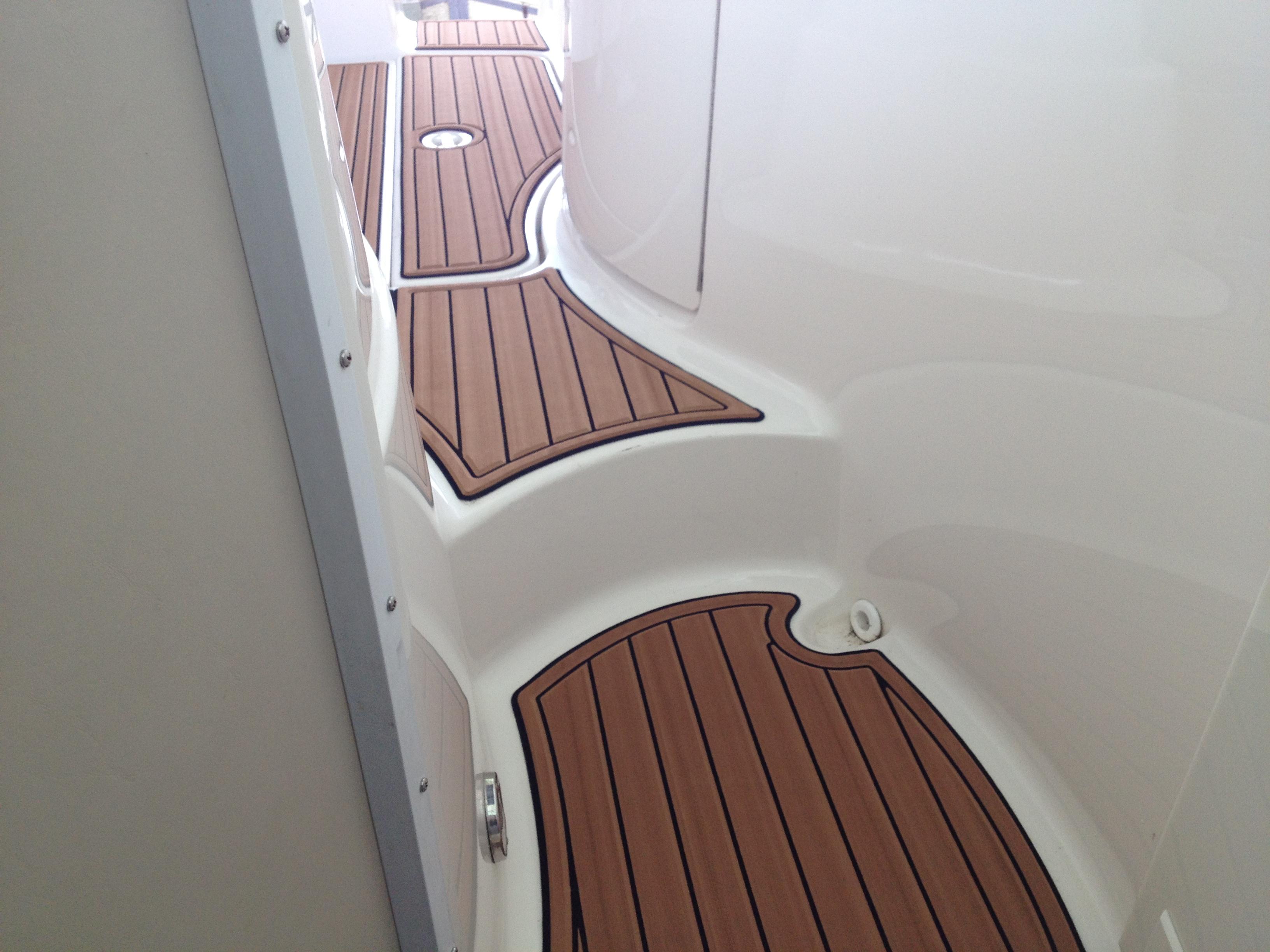 2002 Chaparral 250 SeaDek Faux Teak Decking Flooring