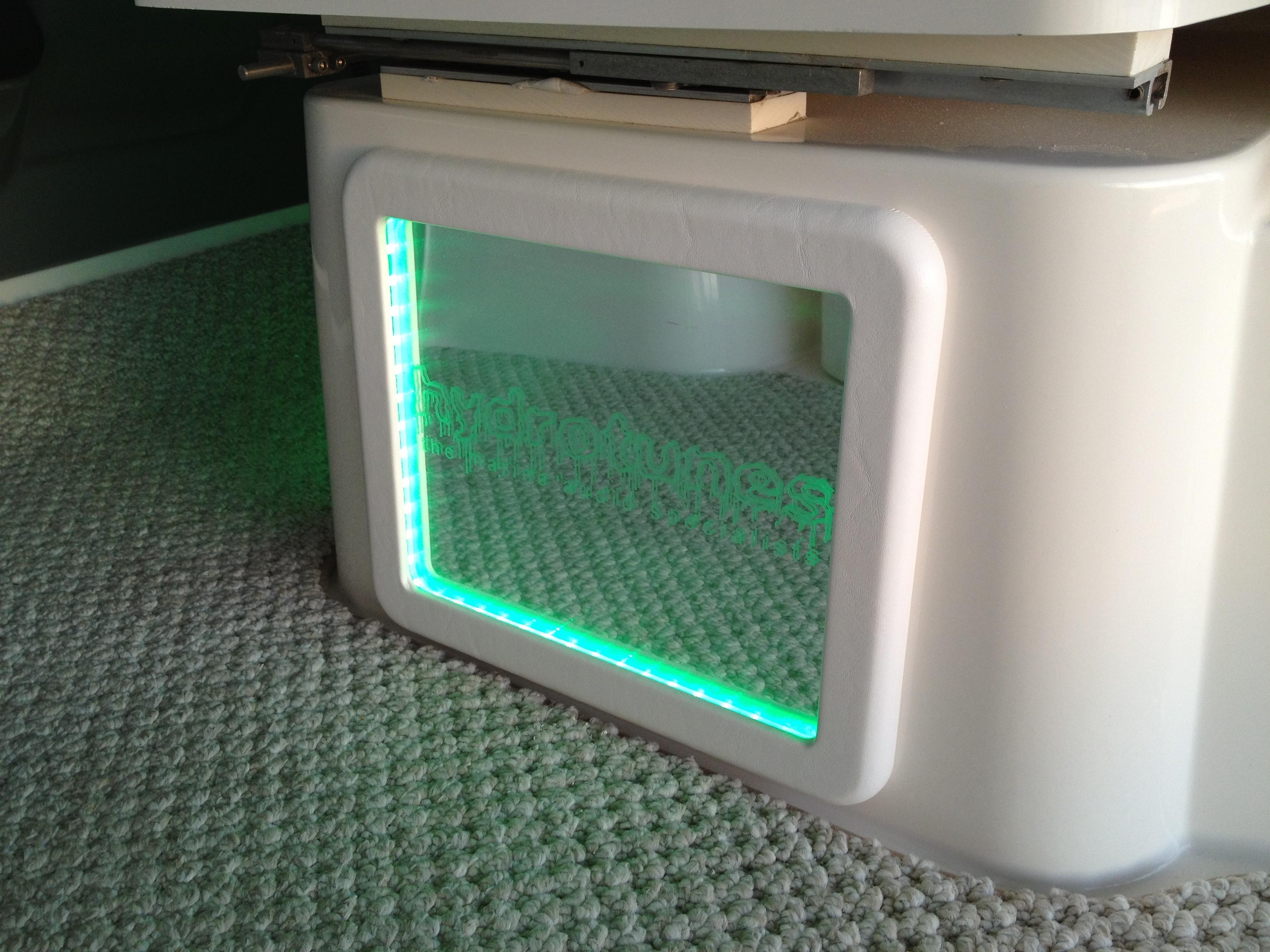 2006 Cruisers Yachts RGB LED JL Audio Wet Sounds ARC Audio Custom Acrylic Pods