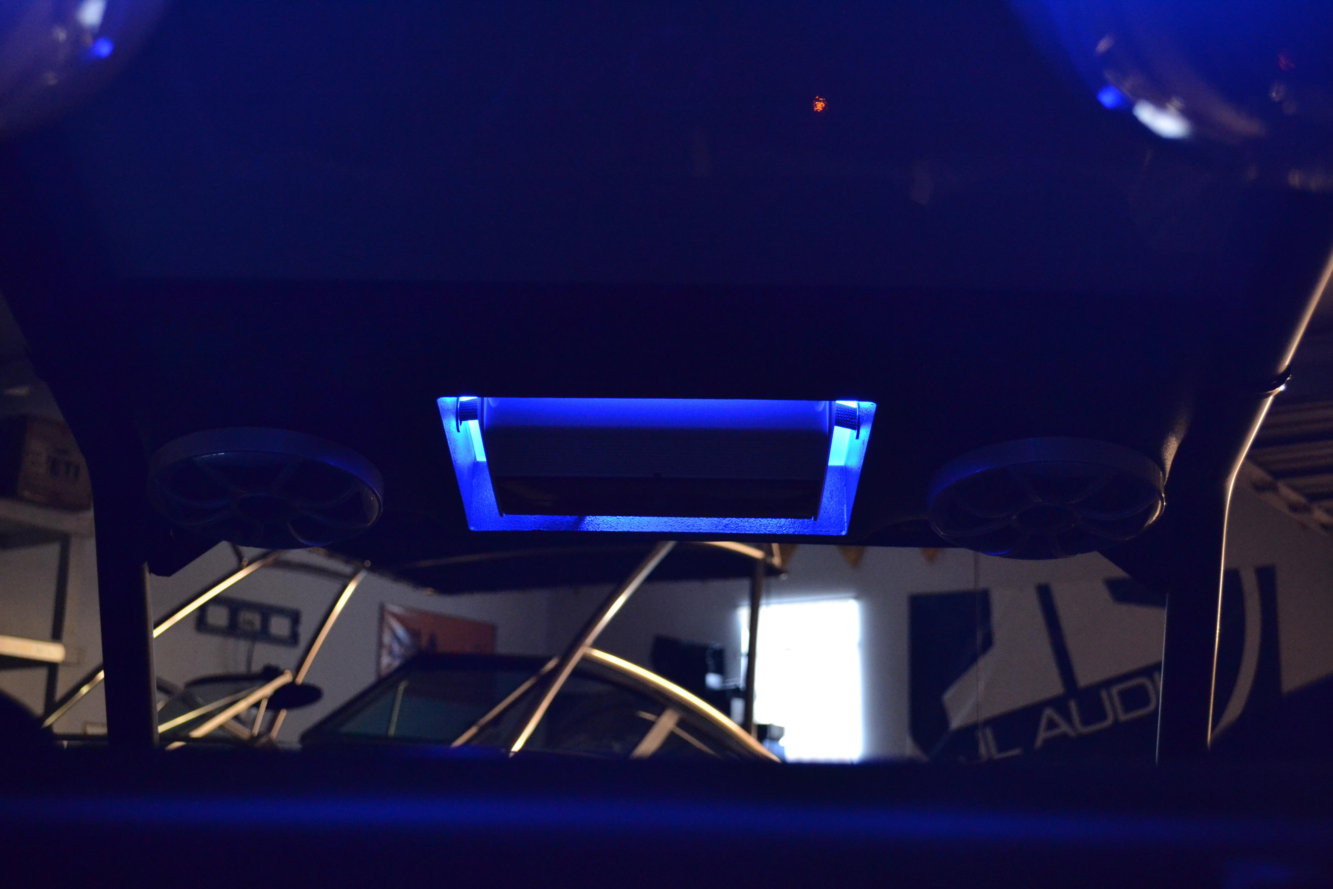 2014 Polaris RZR 1000 Wet Sounds REV8 XS65i JL Audio M series amplifier powered volume control knob custom speaker amp pod across roof RGB LED rings RGB LED accent overhead